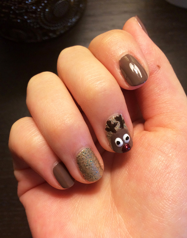 8_rudoplh-nail-art.jpg.xxxlarge_2x