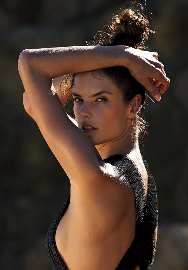 Алессандра Амбросио в фотосессии для американского Glamour