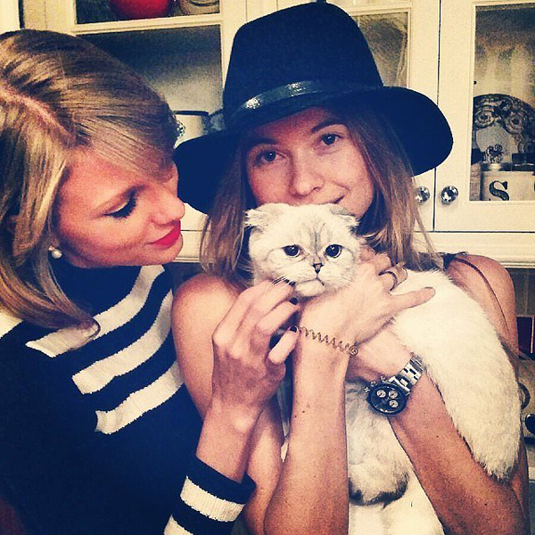 Behati-Prinsloo-loves-Taylor-Swift-cats-much-we-do