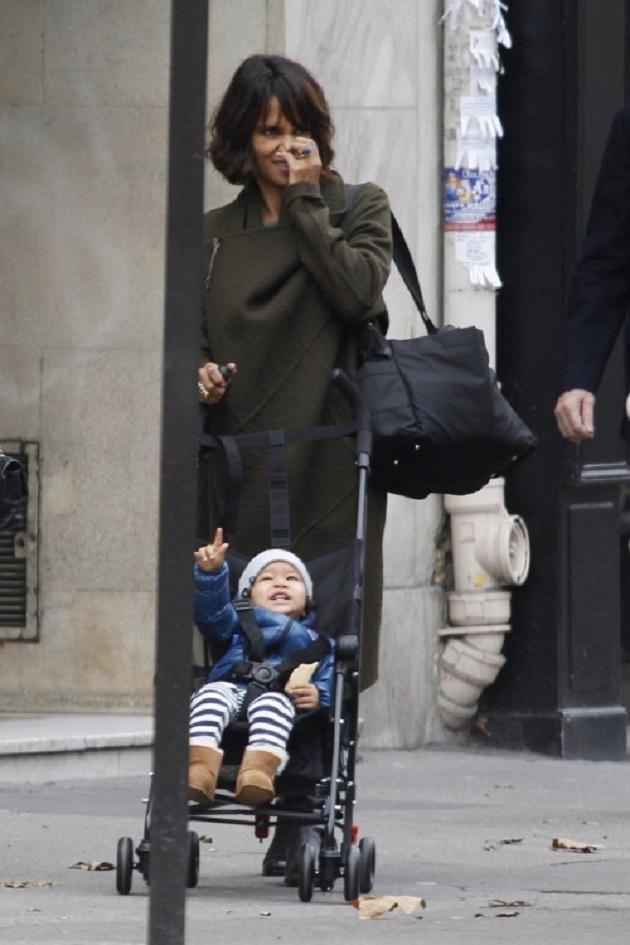 Холли Берри с сыном