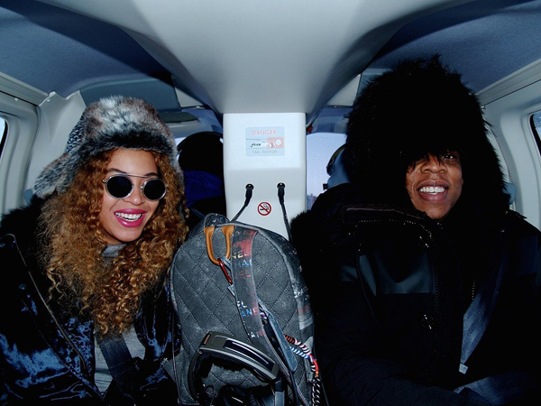 Beyonce-Jay-Z-Holiday-Pictures-Iceland (1)