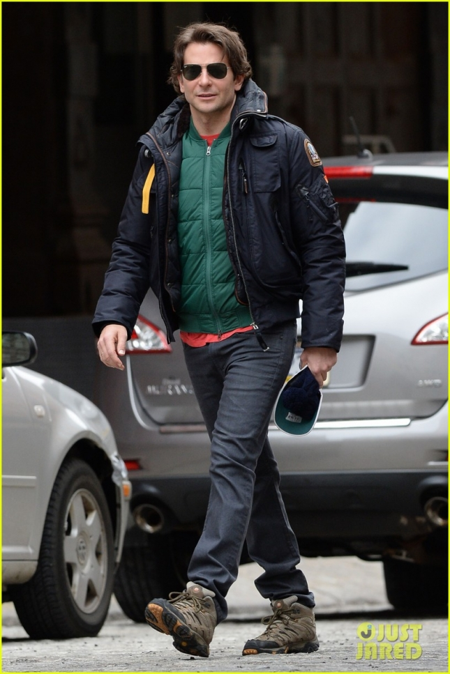 "Bradley Cooper ran from the paparazzi while walking to a performance of ""The Elephant Man"" in Manhattan"