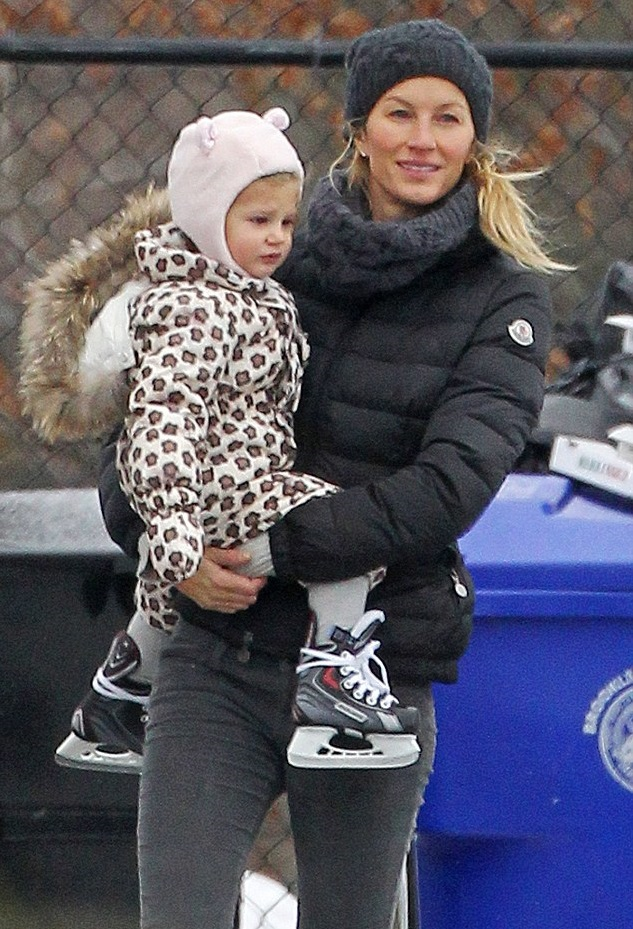 Жизель Бюндхен с дочкой