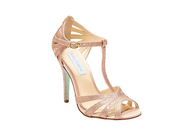 champagne-glitter-sandal-betsey-johnson1