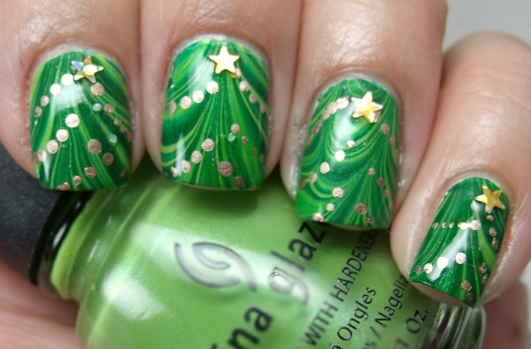 Christmas-tree-marble-nail