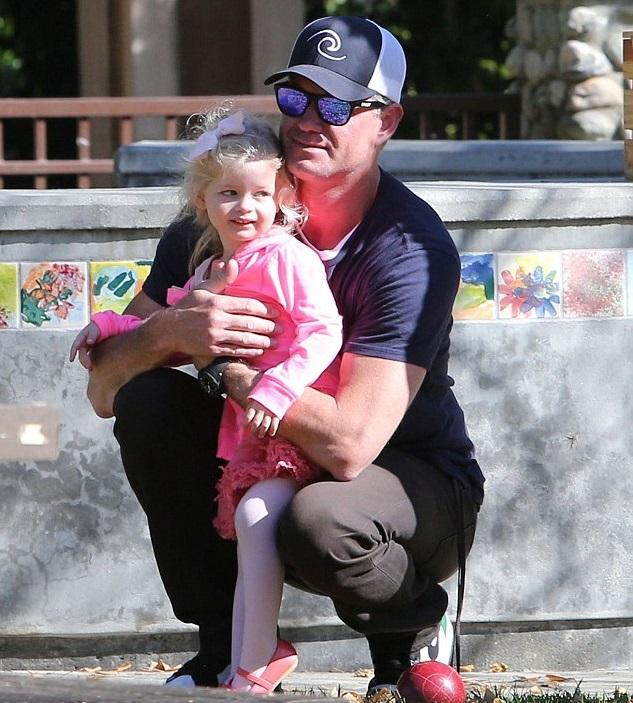 Эрик Дейн с дочкой