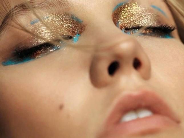 Карли Клосс в фотосессии для Elle Франция