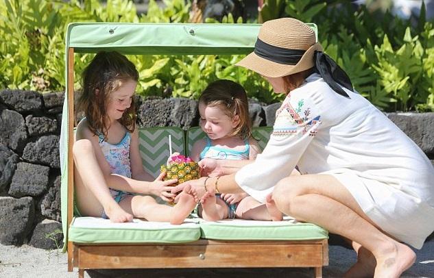 Элисон Ханниган с дочками