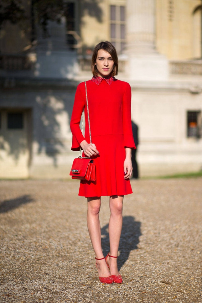 hbz-red-4-pfw-ss2015-street-style-day7-04-lg