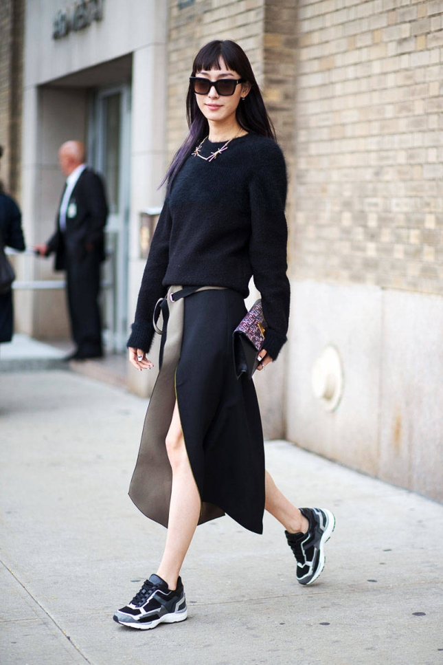 hbz-sneakers-1-street-style-nyfw-ss2015-day4-33-lg