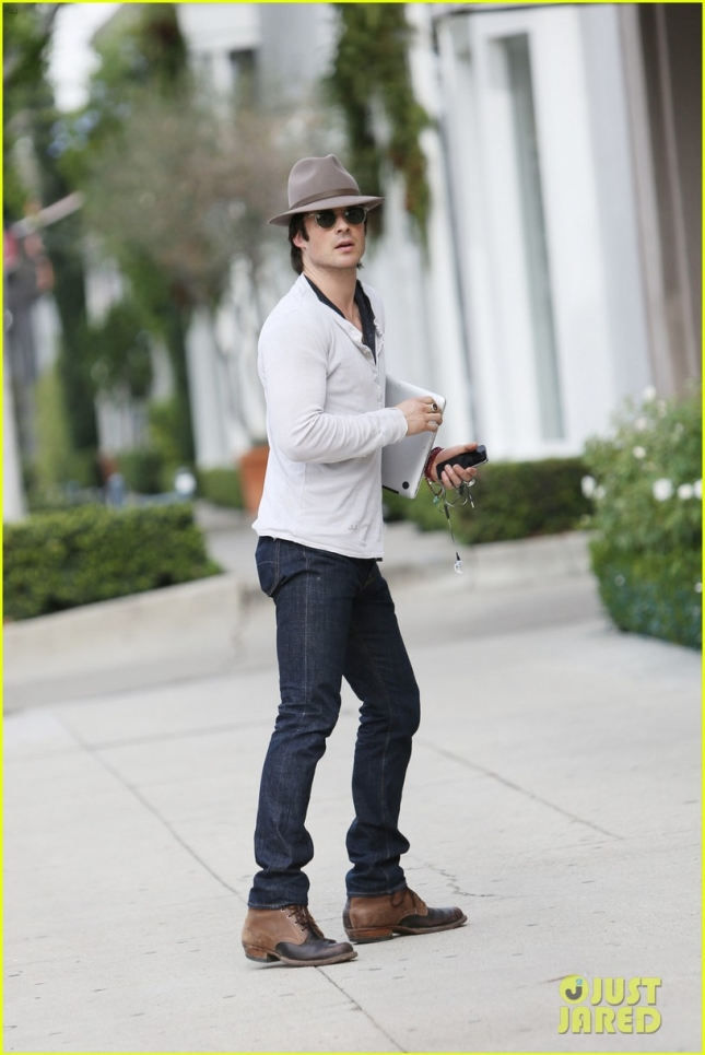 ian-somerhalder-gratitude-for-fans-after-36th-birthday-01