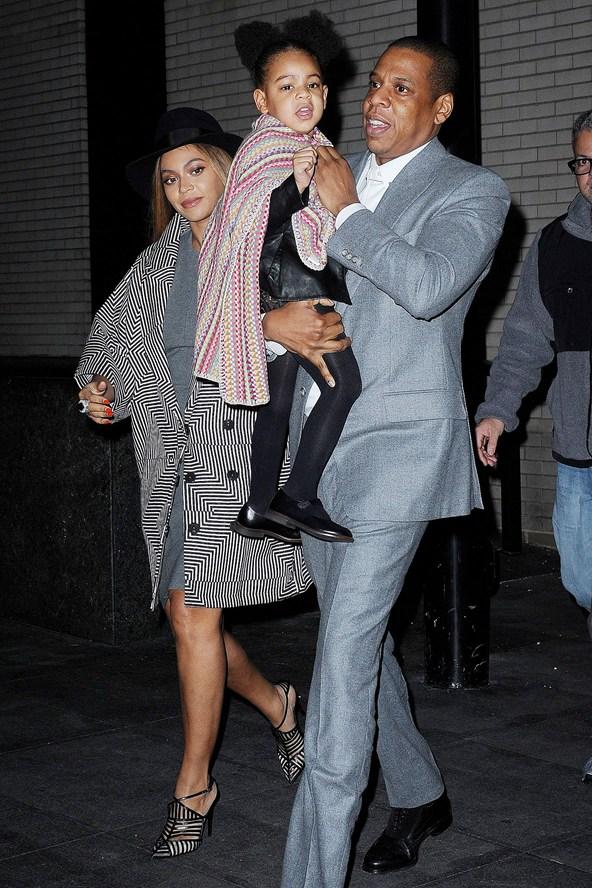 Jay-Z-Beyonce-Knowles_glamour_8dec14_rex_b_592x888