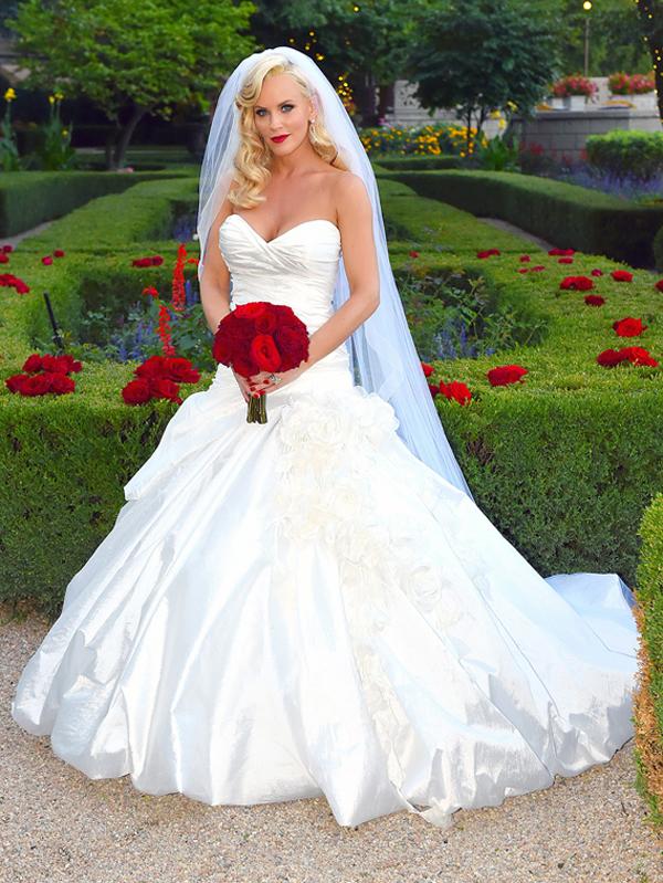 свадебное фото Дженни Маккарти
