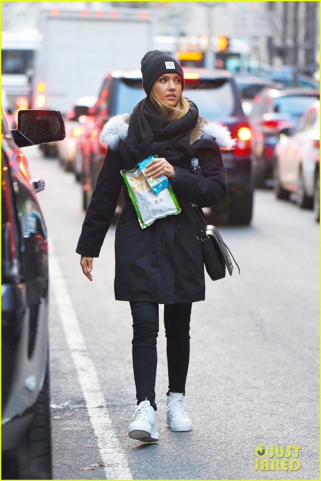 *EXCLUSIVE* Jessica Alba and Honor brave the east coast chill