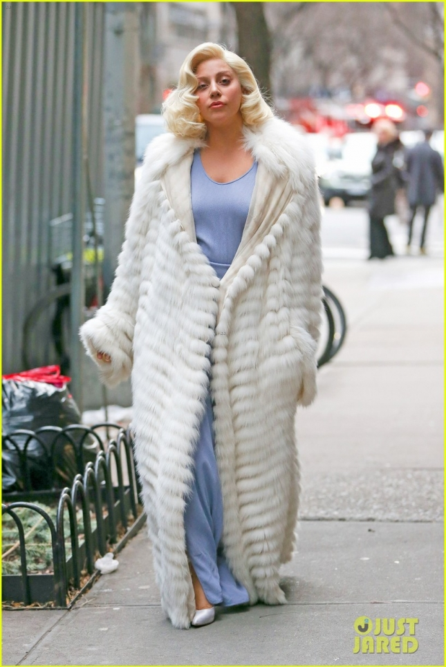 17 декабря: Леди Гага после занятия йогой в Верхем Ист-Сайде