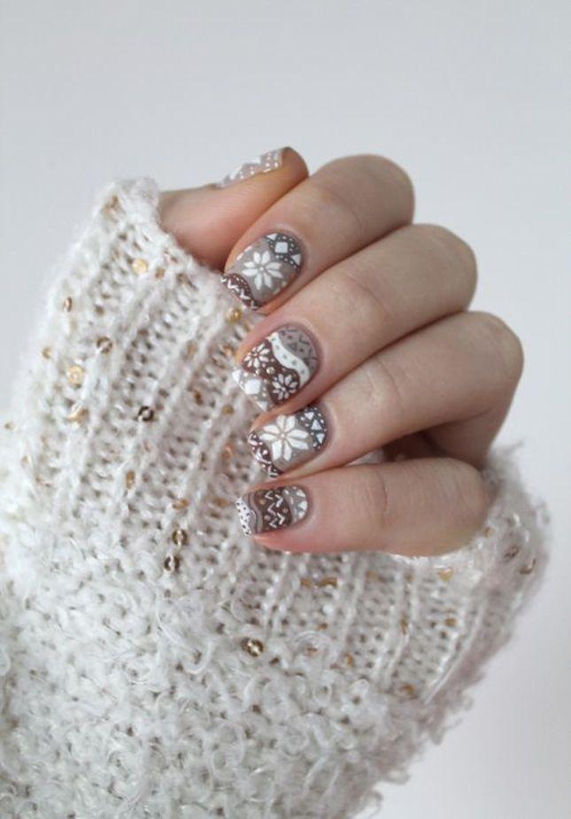 minimalist-nails