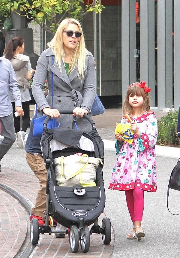 Бизи Филипс с дочками