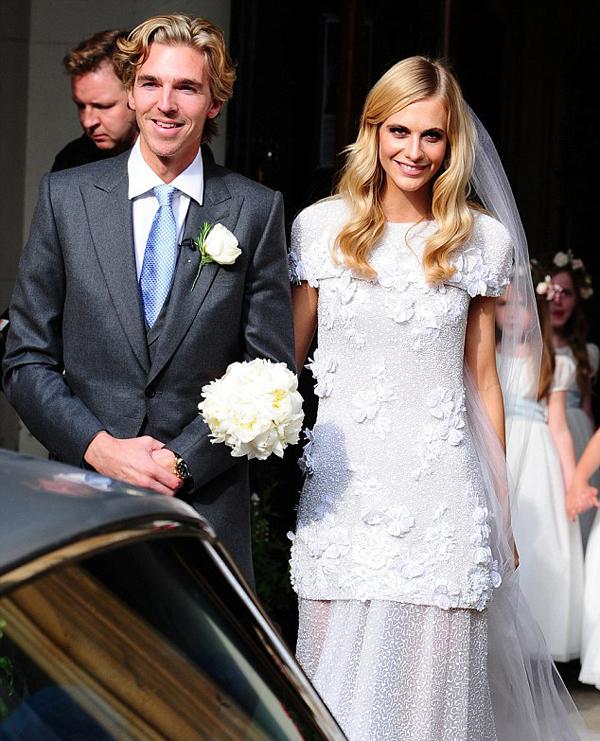 свадебное фото Поппи Делевинь и Джеймса Кука
