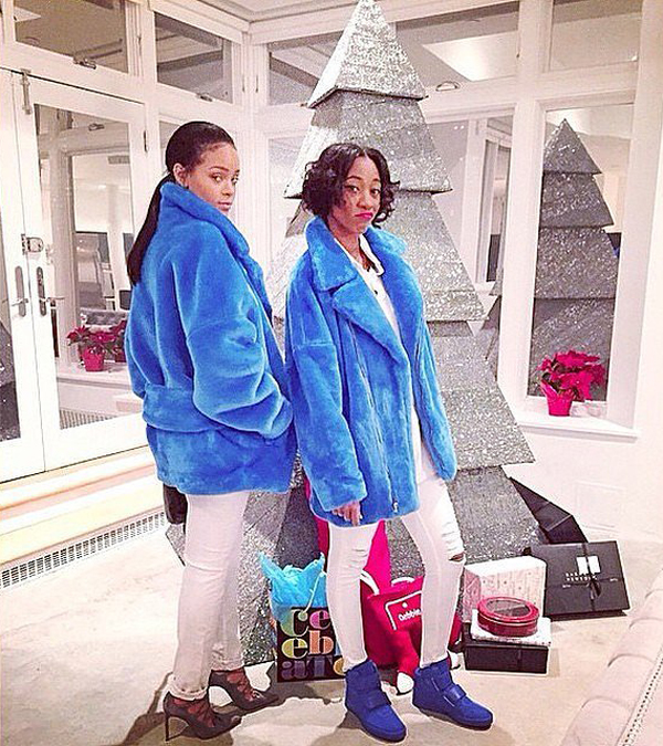 Rihanna-friend-posed-front-her-non-traditional-Christmas