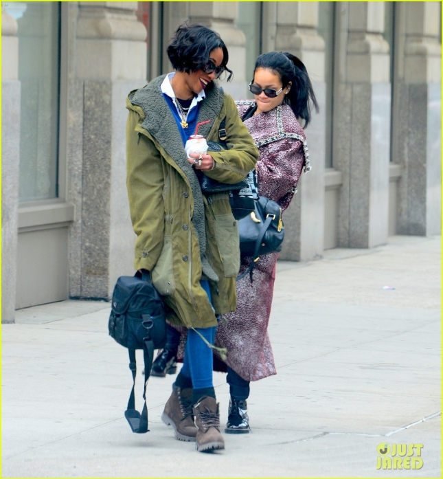 rihanna-playfully-kicks-her-bff-melissa-forde-in-the-butt-01