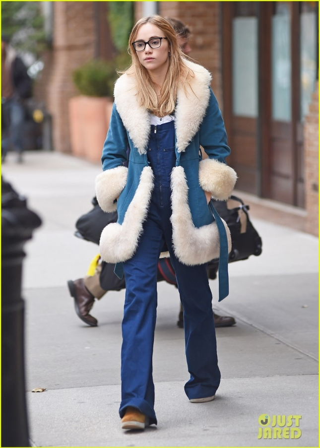 Suki Waterhouse Out And About In Tribeca