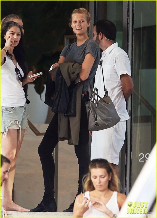 Toni Garrn Leaving Miami Beach