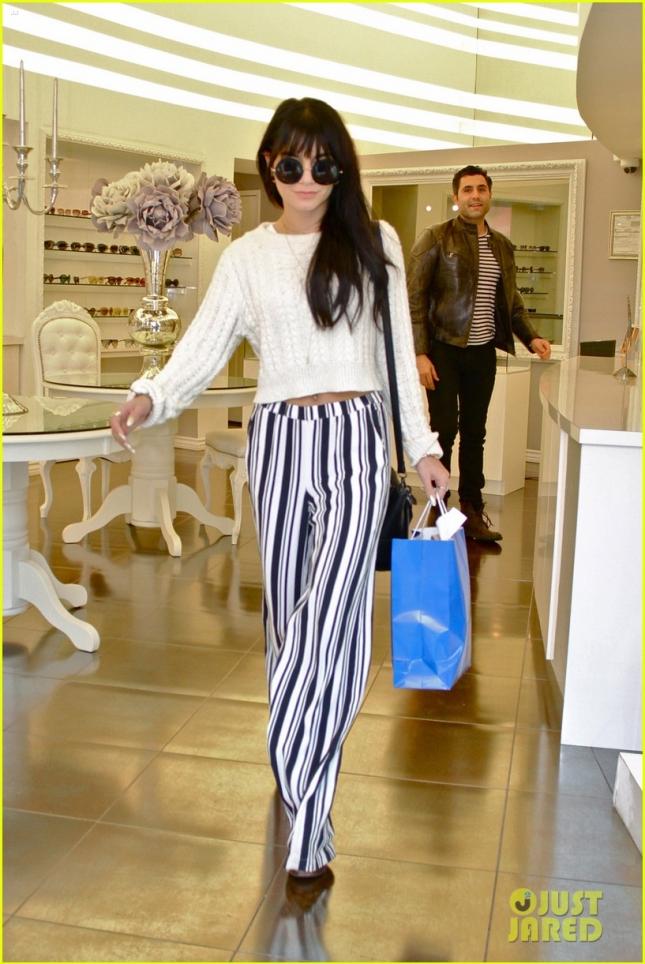 Vanessa Hudgens Shops For Eyewear