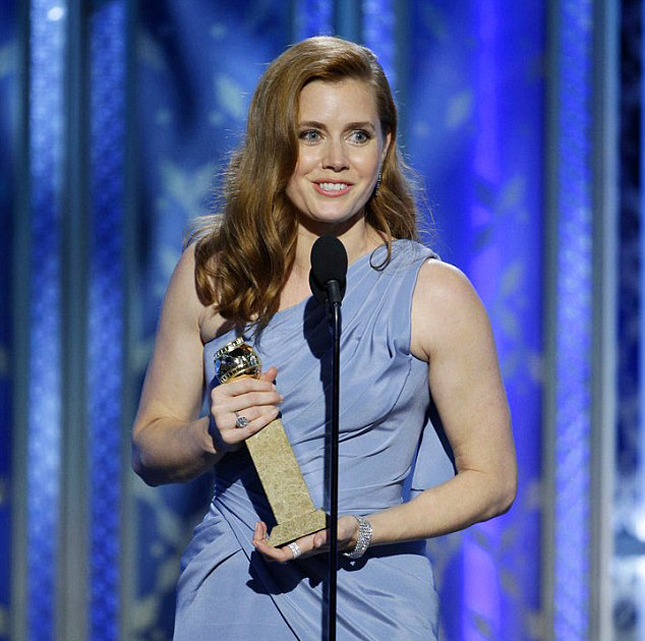 249D036300000578-2905891-Big_Award_Amy_Adams_named_Best_Actress_in_a_motion_picture_comed-m-64_1421031111593