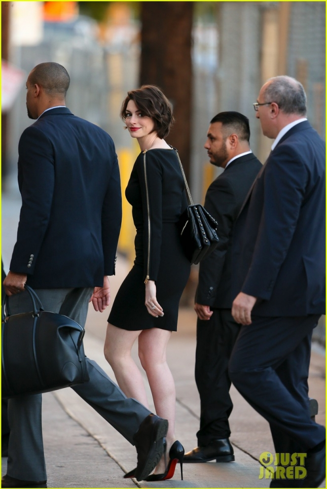 Anne Hathaway arriving at Jimmy Kimmel