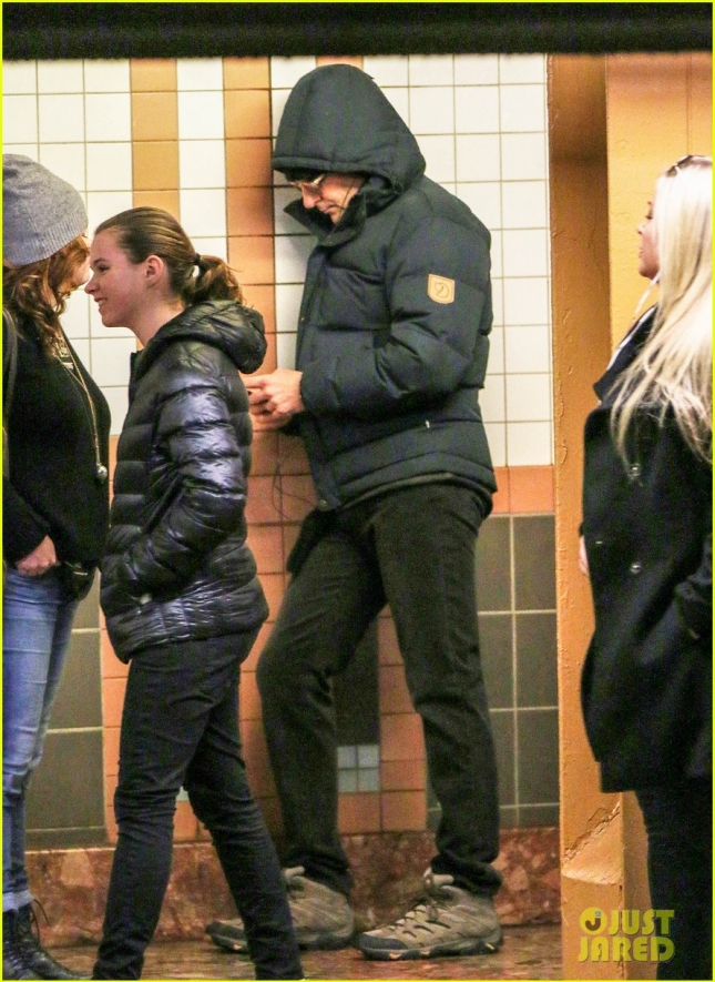 Bradley Cooper Goes Incognito As He Takes The Subway