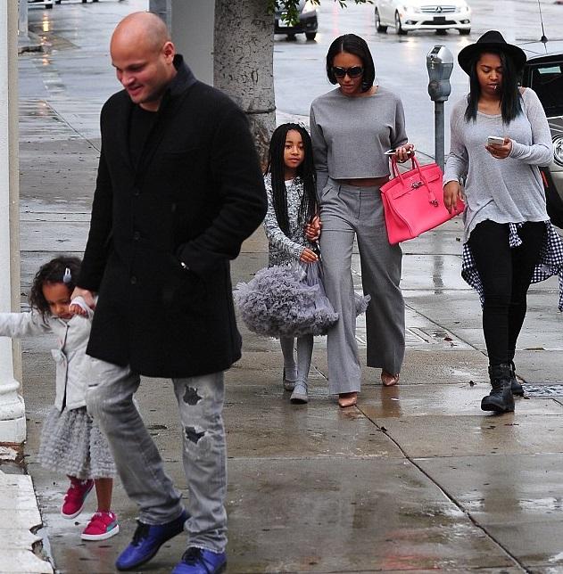 Мелани Браун с семьей