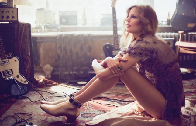 Элизабет Эрм в фотосессии для Vogue Россия, февраль 2015