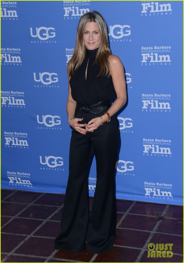 jennifer-aniston-receives-montecito-award-sbff-01
