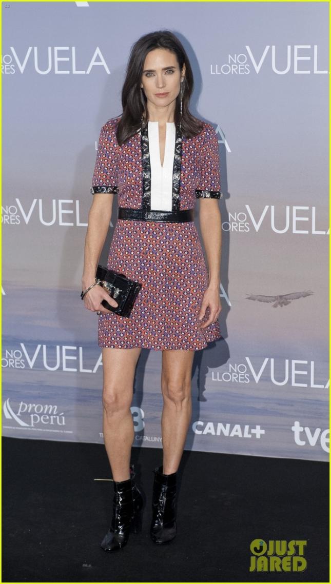 """Дженнифер Коннелли на премьере фильма """"В воздухе"""" в Мадриде (Испания)"""