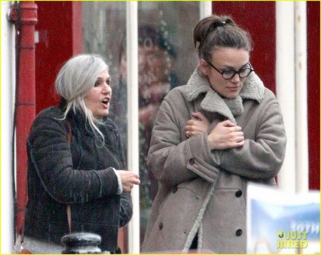 Кира Найтли с мамой