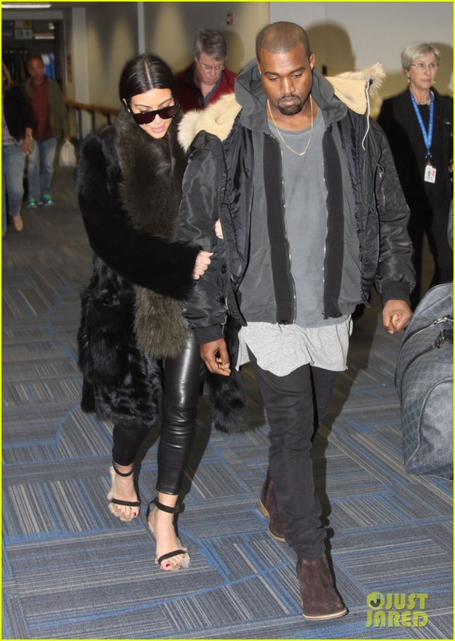 kim-kardashian-kanye-west-arrive-in-DC-03
