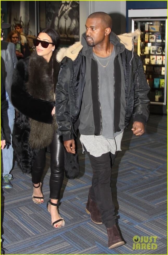 kim-kardashian-kanye-west-arrive-in-DC-06
