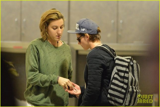 Kristen Stewart and Alicia Cargile arrive back to LA from a Hawaiian getaway **NO UK**