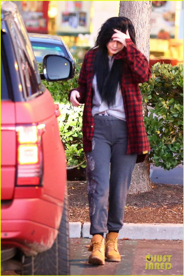 *EXCLUSIVE* Kylie Jenner looks disheveled as she borrows Tyga's SUV and clothes