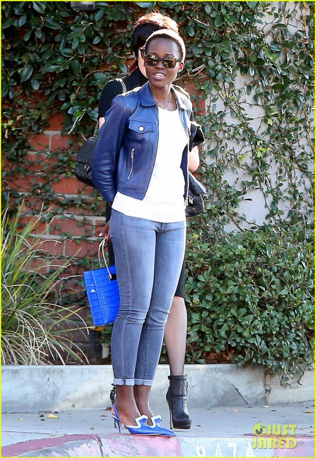 lupita-nyongo-is-getting-shade-from-a-real-housewife-01