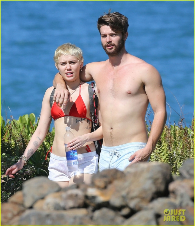 Exclusive... Miley Cyrus & Patrick Schwarzenegger Enjoying Their Vacation In Maui - NO INTERNET USE WITHOUT PRIOR AGREEMENT