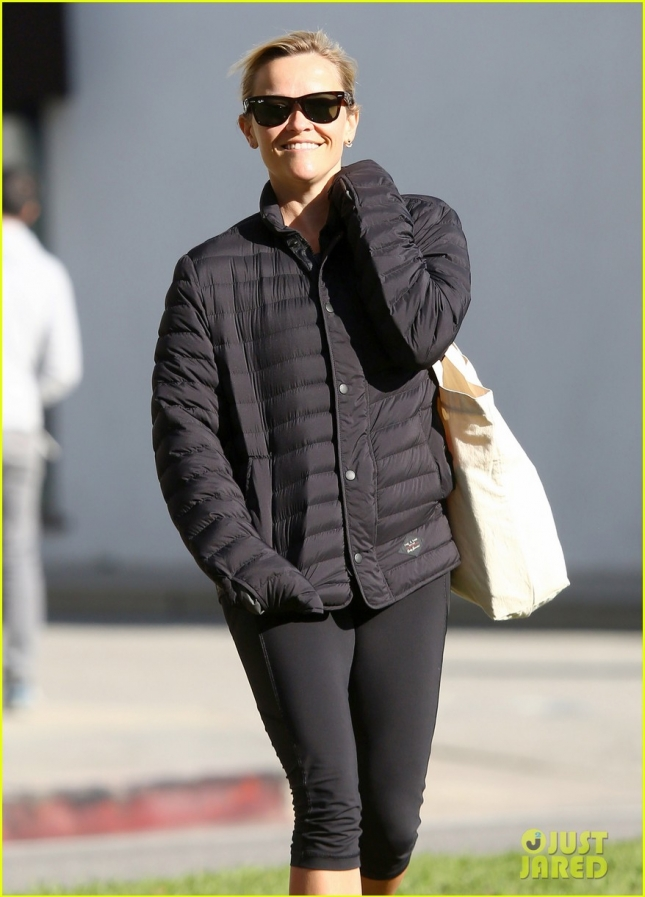 reese-witherspoon-appreciative-of-everything-01