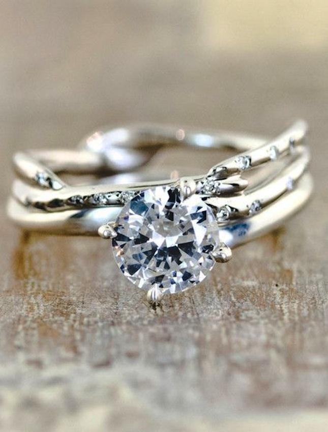 кольца с черным бриллиантом