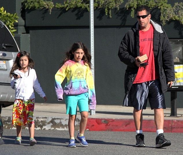 Адам Сэндлер с дочками