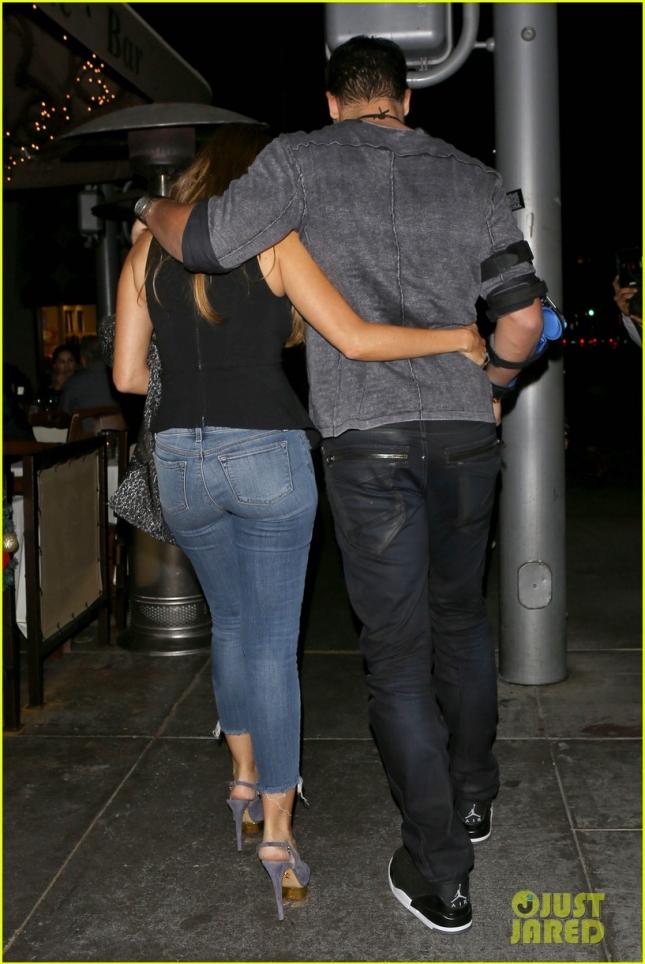 *EXCLUSIVE* Sofia Vergara and Joe Manganiello enjoy a romantic dinner in Beverly Hills