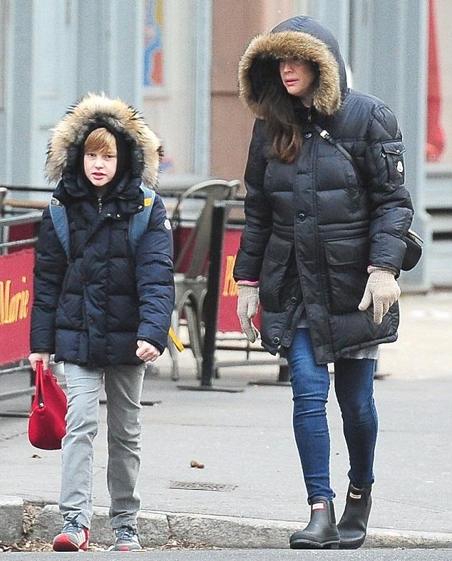 ив Тайлер с сыном Мило
