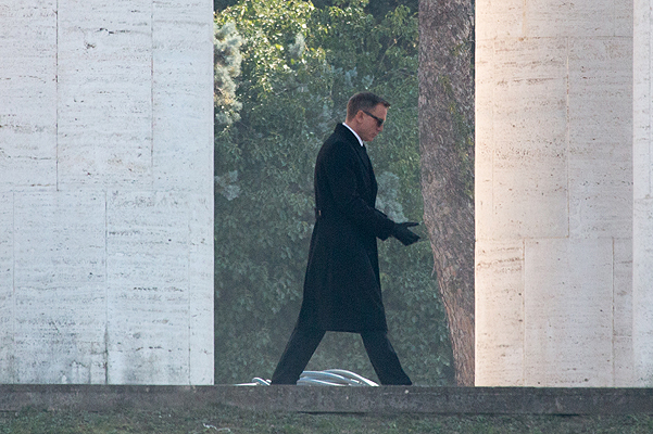 """Дэниэл Крейг на съемках """"Спектра"""" в Риме"""