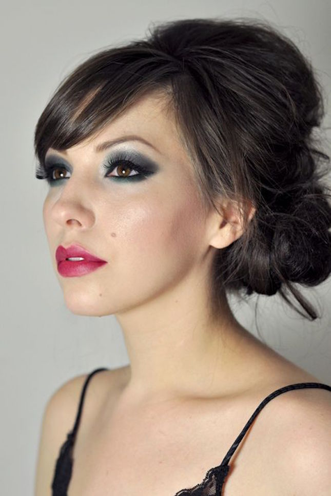 50-shades-grey-beauty-smokey-eye-fuschia-lip