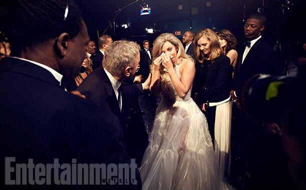 Леди Гага после своего перформанса расплакалась от счастья