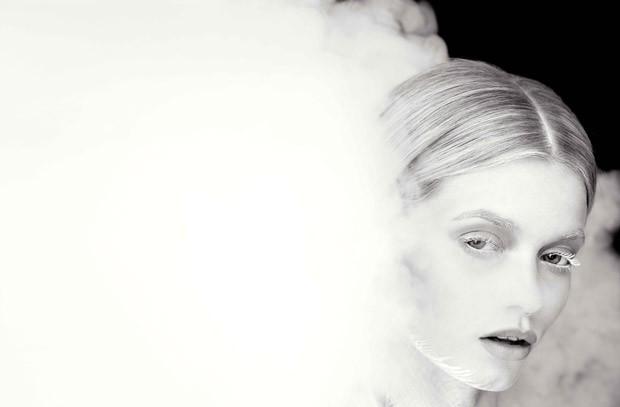 Эбби Ли Кершоу в фотосессии для Flaunt